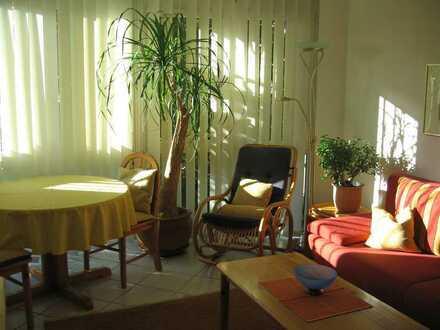 Komf. helle 2-Zimmer-Ferienwohnung, an Wochenendpendler/Nichtraucher
