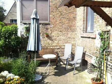 Mannheim Neckarau - 2er WG in großer 3 Zim. Wohnung+Garten+Keller