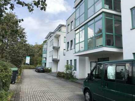 EG: helles Büro in zentraler Lage Rhein/Main