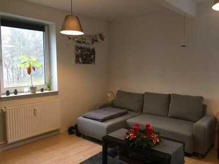 Geräumige, möblierte 2-Zimmer-Wohnung unterzuvermieten (2 Jahre)