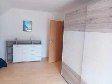 Preiswerte, sanierte 3-Zimmer-Dachgeschosswohnung in Sehmatal Cranzahl