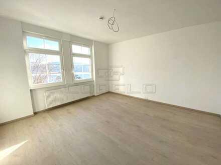 Erstbezug! Alles Neu, modern, hochwertig! Mit EBK und Terrasse... BITTE Beschreibung LESEN...!!!