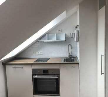 Gemütliche 1-Zimmer-Single-Wohnung im Dachgeschoß