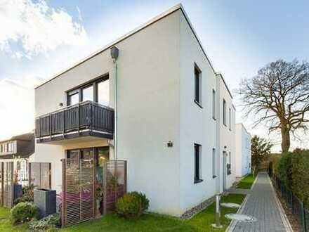 Wie neu! 2-Zimmerwohnung in ruhiger Lage von Ahrensburg. Keine Käufercourtage.