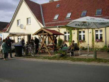 """Vermietung der Gaststätte """"Dorfkrug"""" in Meseberg am Huwenowsee"""