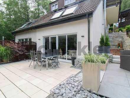 Modern & stilvoll: Familienfreundliche Maisonette mit großer Terrasse und Garten in Brügge