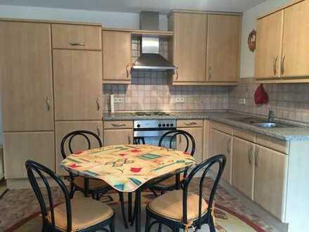 Günstige, gepflegte 2-Zimmwer Wohnung mit EBK in Idar-Oberstein