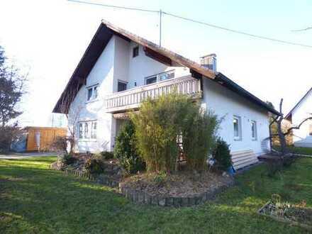 Großes Einfamilienhaus incl. kleinem Baugrundstück ca. 14 km nördlich von Memmingen