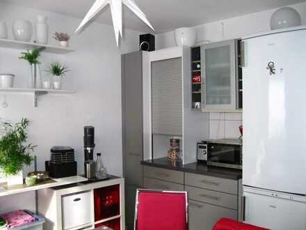 Sehr gepflegte Eigentumswohnung in ruhiger Wohnlage mit Stellplatz und Keller