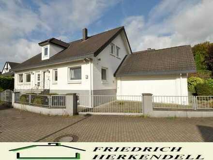 Anliegerstraße + Baujahr 1991 + großzügige Raumaufteilung + Süd-West-Ausrichtung