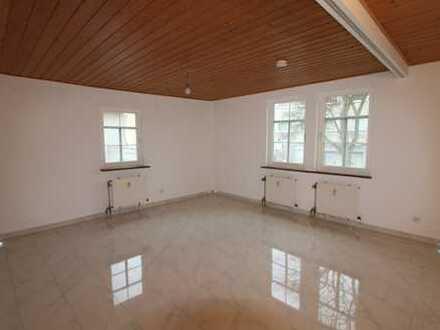 Neu sanierte 3,5 Zimmerwohnung im Fachwerkstil in Darmstadt-Eberstadt