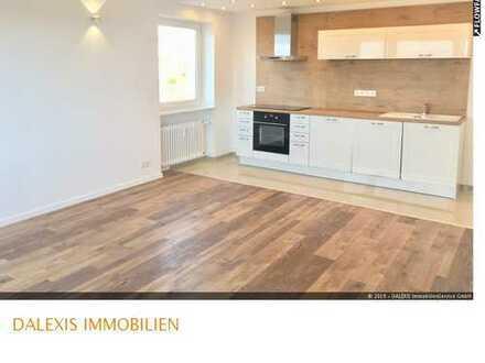Moosach: Helle 6-Zimmer Wohnung mit Loggia -Erstbezug nach Modernisierung-