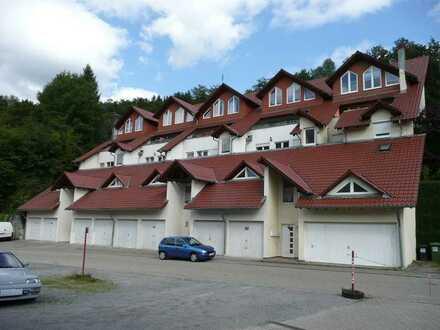 Gepflegte 2-Zimmer-Wohnung mit Balkon und EBK in Bad Wildbad