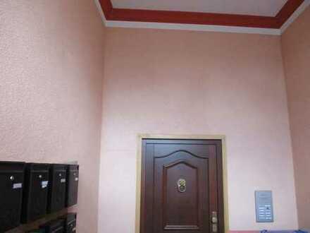 Saniertes freistehendes Mehrfamilienhaus in Pößneck zu verkaufen