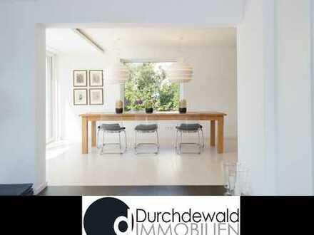 Großzügiges, modernes Einfamilienhaus mit schönem Garten in bester Wohnlage