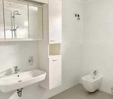 7-Zi-Wohnung, Centrumsnah, Gartenanteil und Doppelcarport, auch gewerblich nutzbar