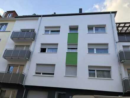 Erstbezug nach Sanierung: 2-Zimmer-Wohnung mit EBK und Balkon in der Nordstadt