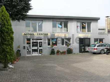 Vielseitiges Betriebsgelände / Ladenlokal in günstiger Verkehrslage in Remscheid direkt an der B229