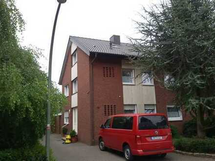 Schöne, renovierte Dachgeschosswohnung in bester, ruhiger und zentraler Lage von Mesum