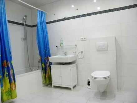 Erstbezug nach Sanierung: schöne 3-Zimmer-Wohnung mit EBK, Balkon in Winnweiler,direkt am Schwimmbad