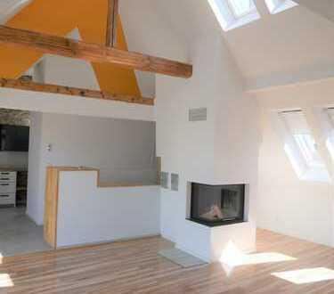 Neuwertige 3-Zimmer-DG-Wohnung mit Dachterrasse, Kamin und EBK in Hannover-Herrenhausen