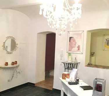 Frankenbergerviertel- Ein Ladenlokal in bevorzugter Lage in Souterrain, geeignet als Kosmetikstudio