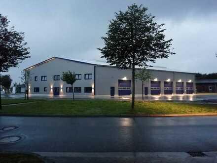 Neue repräsentative Gewerbehalle, hochwertige Bauweise in der nähe zu Flensburg und der Autobahn