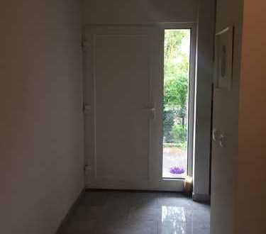 Schöne, geräumige drei Zimmer Wohnung in Fürth, Dambach / Unterfürberg