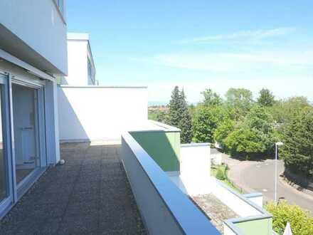 Große Dachterrasse und Fernblick - Penthouse in Mainz!
