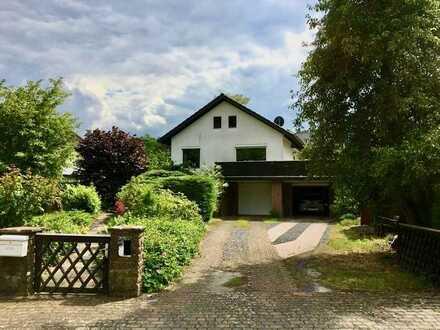 Einfamilienhaus mit Garten, Kamin und Doppelgarage in Varmissen
