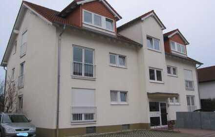 Exklusive, gepflegte 3-Zimmer-Dachgeschosswohnung mit Balkon und Einbauküche in Leimen