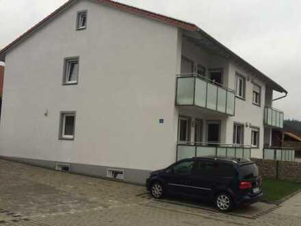 Neuwertige 3-Zimmer-Wohnung mit Balkon und Einbauküche in Teugn
