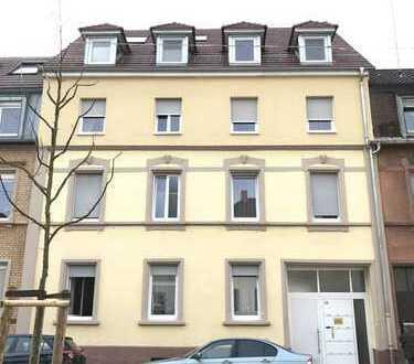 Einzigartige schöne 1,5 Zimmer Wohnung mit einer großen Dach-Terrasse in Karlsruhe-Durlach!