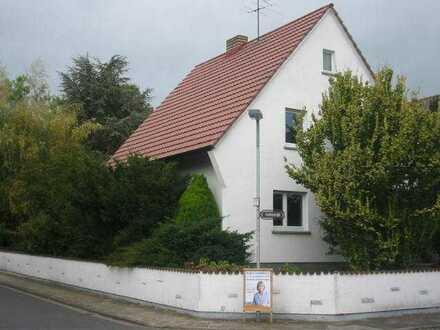 Dietzenbach, schönes, freistehendes EFH in guter Lage + großem Garten