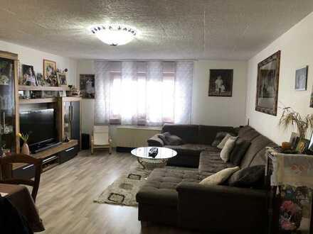 Helle 3-Zimmer Wohnung inkl. Einzelgarage in Herrenberg-Kuppingen
