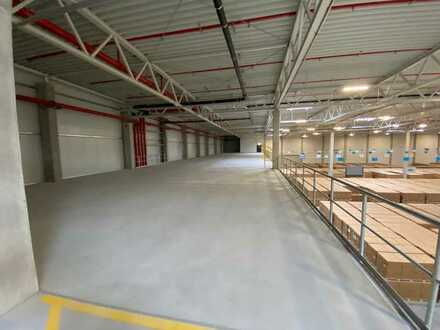 Podestlager / Mezzaninlager mit Büros, ca. 1.000 qm, bei Rheinstetten günstig zu vermieten