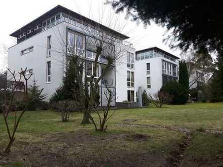 Gepflegte 3-Zimmer-Wohnung mit Balkon und Einbauküche in Birkenwerder mit Seeblick