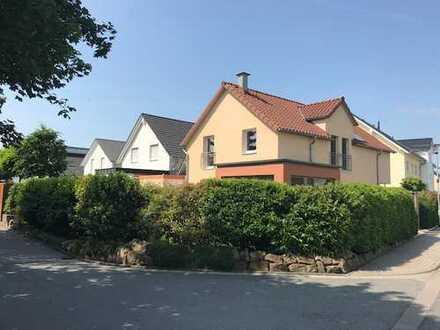 Freistehendes Einfamilienhaus - Neuwertig und provisionsfrei!