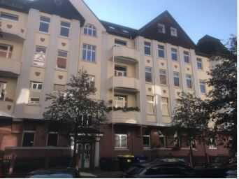 Schöne 4-Zimmer Wohnung, Hochparterre mit Balkon und EBK in Braunschweig