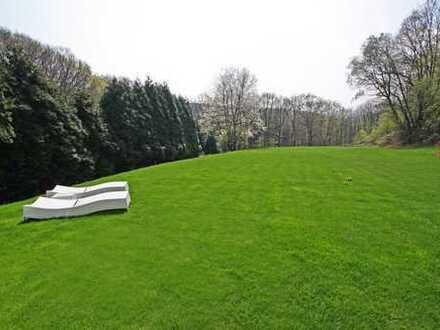 Neuwertiger Luxus auf großem, uneinsehbarem Grundstück in Syburg
