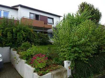 InTop Lage - Wunderschön gelegene Doppelhaushäfte mit Terrasse u. Garage in NU-Reutti