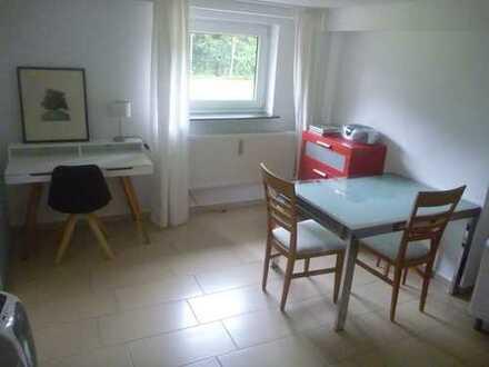 Vollständig renovierte 1-Zimmer-Wohnung mit EBK in Dellbrück, Köln