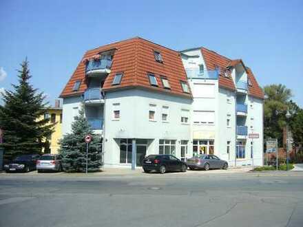 Sehr schöne 2-Raum-Wohnung mit Balkon in einem gepflegten Wohn-und Geschäftshaus zu verkaufen