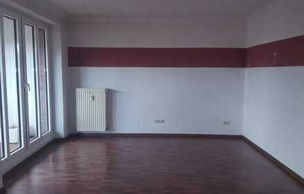 Schöne 2-Zimmer-Wohnung +Küche und Bad mit Balkon im Friesoyther Kerngebiet