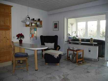 Gepflegte 2,5-Zimmer-Wohnung mit EBK in Monsheim