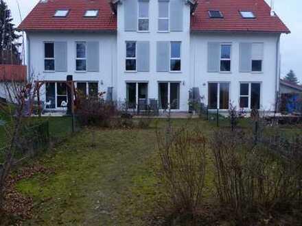 Neuwertiges 7-Zimmer-Reihenhaus mit EBK in Schwifting, Landsberg am Lech (Kreis)