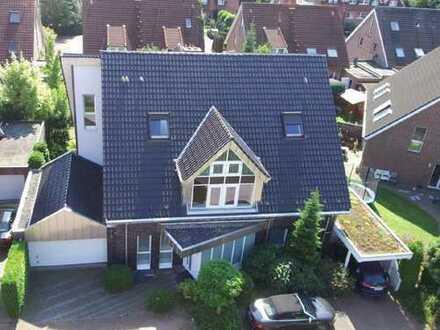 Beeindruckendes Einfamilienhaus mit der Nutzungsmöglichkeit auch als ZFH