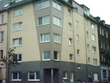 Schöne 3-Zimmer Wohnung , zentrale ruhige Lage im Hafenviertel -keine WGs-