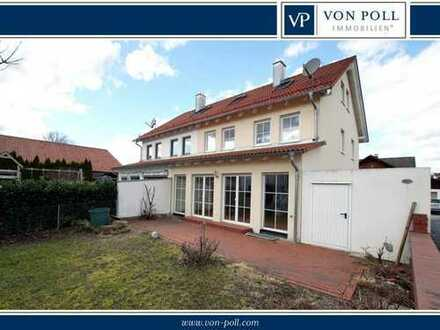 Moderne Doppelhaushälfte mit Atelier in Altdorf nahe Landshut