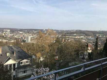 """Von Privat; Über den Dächern von Wuppertal; Idylle in Bestlage """"Briller Viertel"""""""